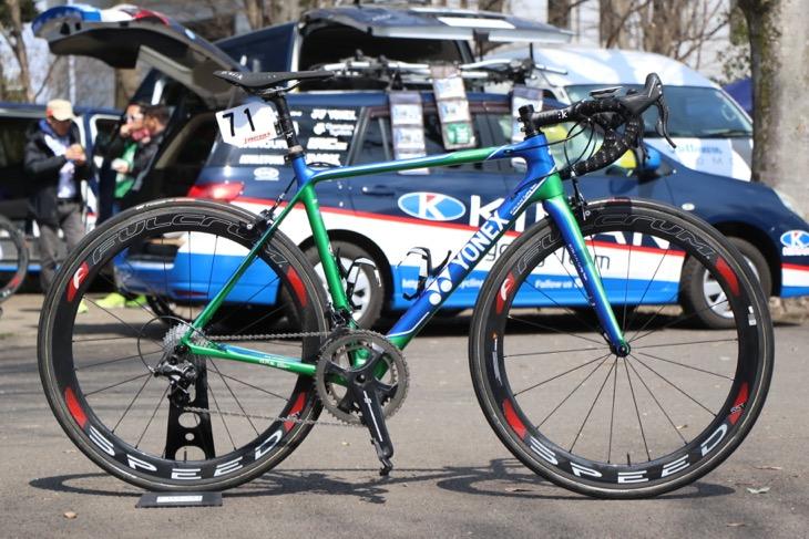 キナンサイクリングチームが駆るヨネックス CARBONEX HRをレンタルできる