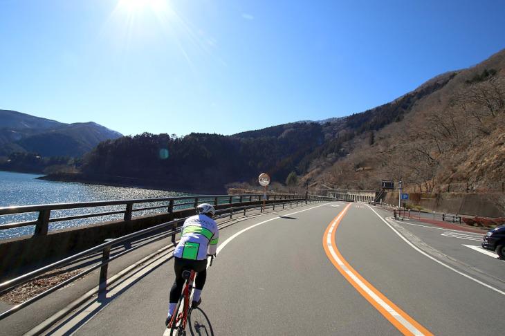 予定外の奥多摩湖橋巡りサイクリング。