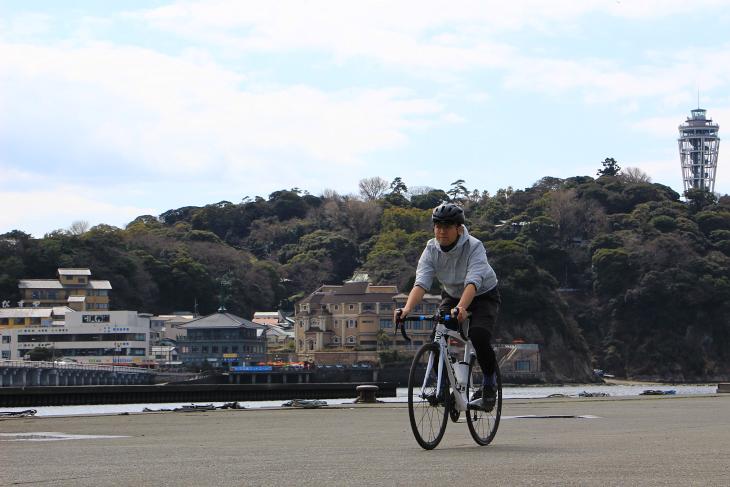 江ノ島をひと目見てから、本格的にサイクリングがはじまる
