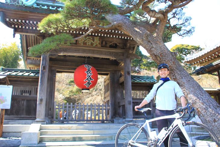 切通を通り過ぎると長谷地区に入る。ここでは長谷寺と大仏が鎮座する高徳院が有名所。