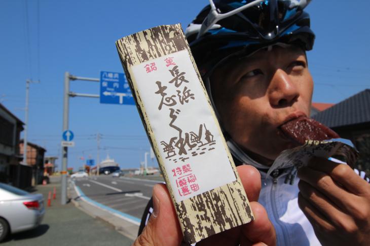 門田さんの長浜のおすすめはあっさり羊羹の「志ぐれ」