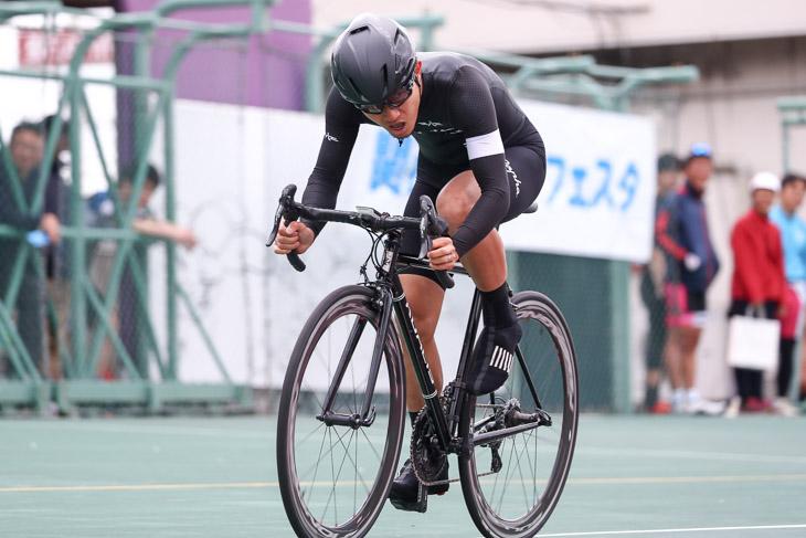 1kmTT  R1クラス 辻啓(八ヶ岳CYCLING CLUB)あと200m!