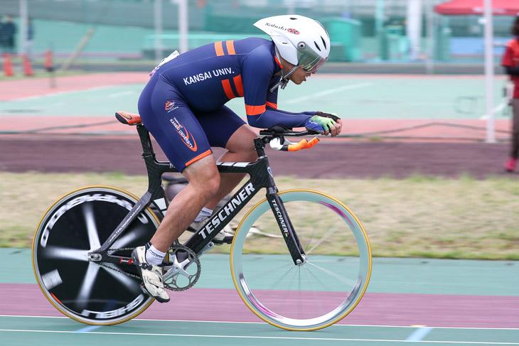 個人追い抜き4kmT1  優勝の手嶋豊(関西大学)5分07秒71