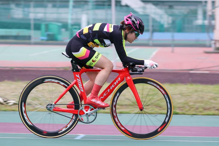 個人追い抜き3kmTL 優勝の中里友香(eNShare Cycling Team)4分36秒43
