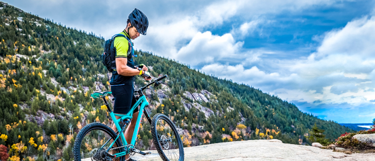 サイクリング時にも活躍するガーミン FENIX5