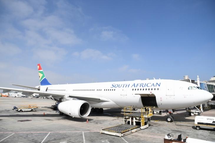 ケープタウンまでの空路は南アフリカ航空で快適な空の旅