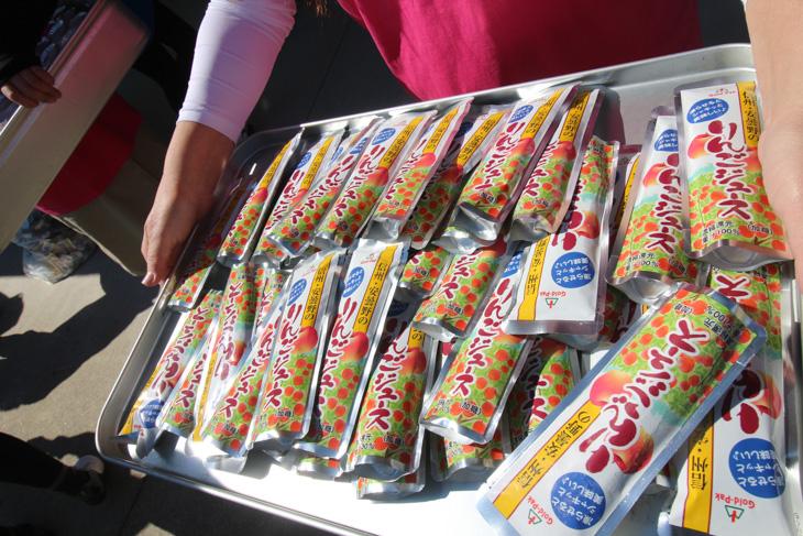 安曇野エイドで供されたりんごジュース