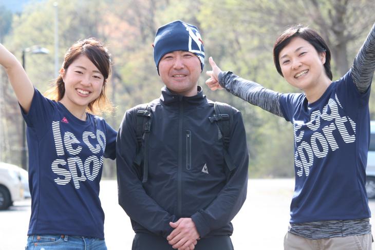 ルコックスポルティフの企画チーム。中央が井上大平さん