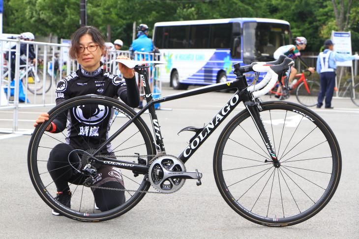 近藤民子さん(晴嵐サイクリングクラブ)コルナゴ V1-r