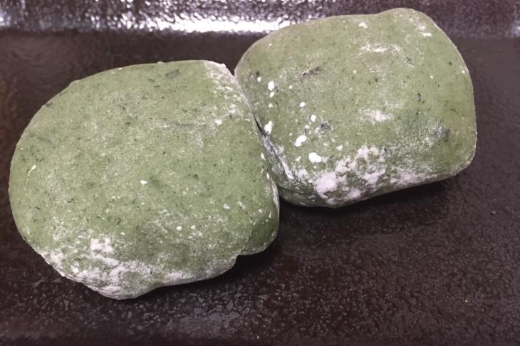 えぼし名物の草餅