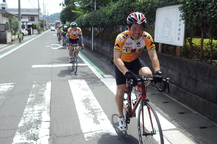大城一郎・八幡浜市長と共に八幡浜市走行。