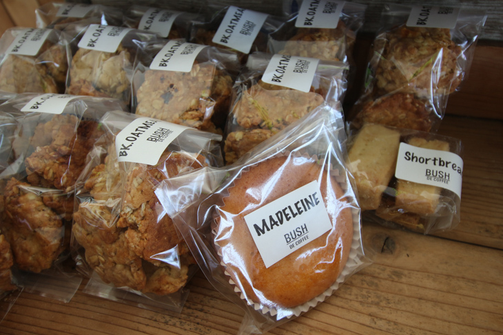 イベントでは販売されるBUSH DE COFFEE自慢の焼き菓子は魅力的
