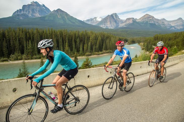 ドロミテ、ロンバルディア、ウィスラー。魅惑の海外サイクリングへ誘うフェローサイクル