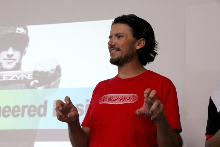 映画アバターやNASAのプロジェクトにも参加した経験を持つエンジニア、テリー・クックさんがLEZYNE GPS開発を牽引する
