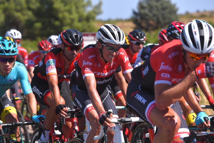 第2ステージを走るアルベルト・コンタドール(スペイン、トレック・セガフレード)