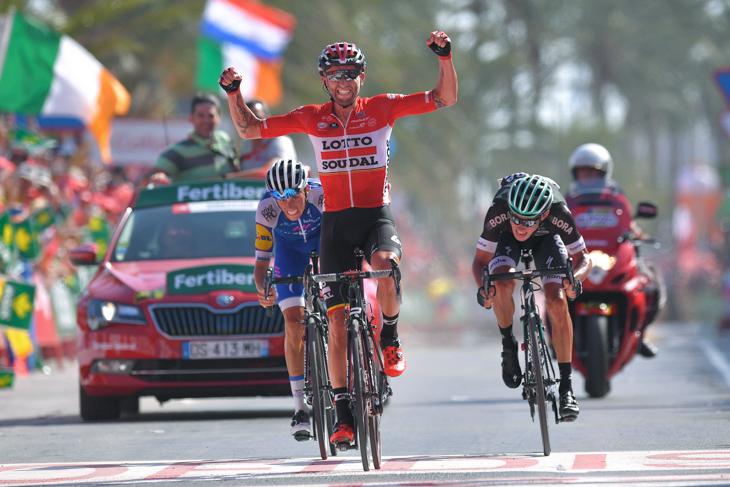 3名によるスプリントで勝利したトーマス・マルチンスキー(ポーランド、ロット・ソウダル)