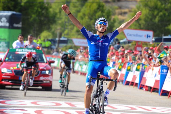 3名のゴール勝負を制したジュリアン・アラフィリップ(フランス、クイックステップフロアーズ)