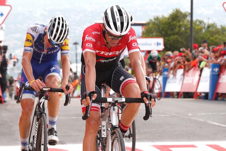 アルベルト・コンタドール(スペイン、トレック・セガフレード)は12秒遅れのステージ6位