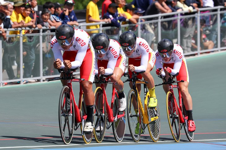 男子4kmチームパーシュート 1位 中央大(原井、高橋、橋本、今村)追抜き勝ち(予選時4分16秒093)