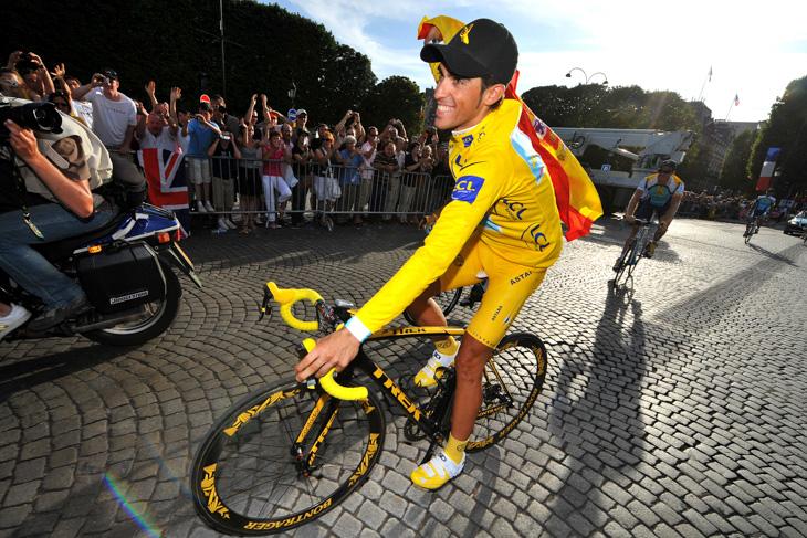 2009年 2度目のツール・ド・フランス総合優勝を果たしたアルベルト・コンタドール(アスタナ)
