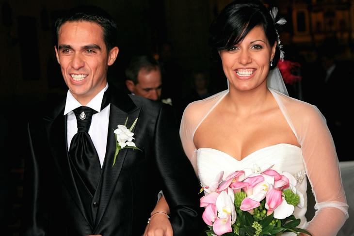 2011年 地元スペインのピントで11月5日にマカレナ・ペスカドールさんと結婚式を挙げたアルベルト・コンタドール(サクソバンク・サンガード)