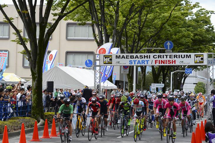 Jプロツアーに先立ち、午前中は一般参加のレースも行われた