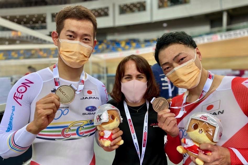 男子ケイリン:脇本雄太(チームブリヂストンサイクリング/JPCU福井)と新田祐大(ドリームシーカーレーシングチーム/JPCU福島)が銀&銅メダル